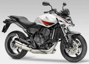 Honda-CB-600F-Hornet-Yakit-Tüketimi-Teknik-Özellikleri-1
