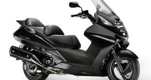 Honda-FJS-400-Silverwing-yakıt-tüketimi-teknik-özellikler