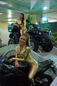 Motosiklet Fuarının Dikkat Çeken Mankenleri