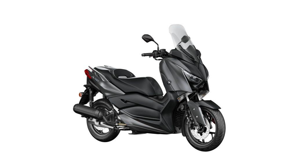 Yamaha-XMAX-125-Yakıt-Tüketimi-ve-Teknik-Özellikleri-koyu-gri