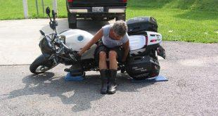 Düşen Motosiklet Nasıl Kaldırılır
